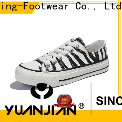 durable comfortable canvas shoes factory price for travel