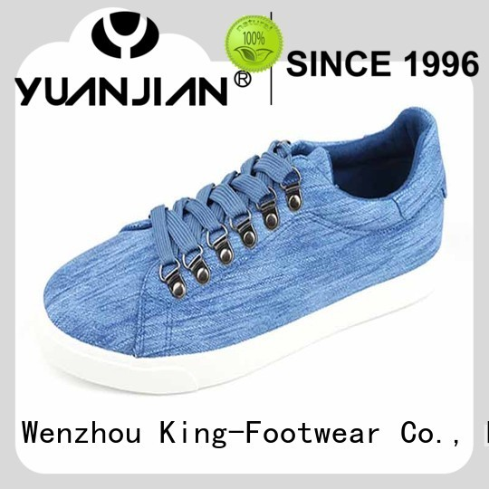 Italy Men designs shoes