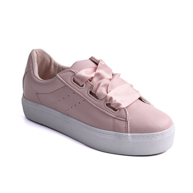 Practical Grooved buckle lady sneakers