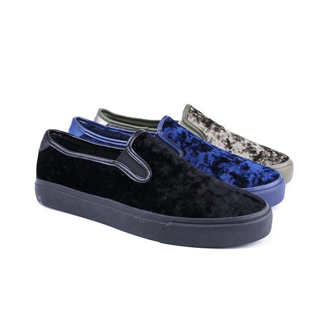 Velvet low cut man's slacker shoes