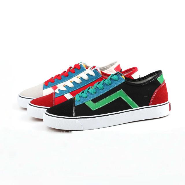 Sport lace up men skate shoes