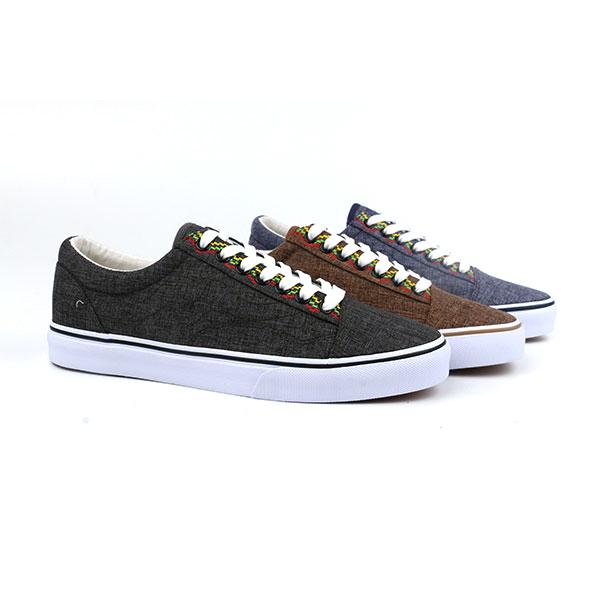 Simple lace up men skate shoes