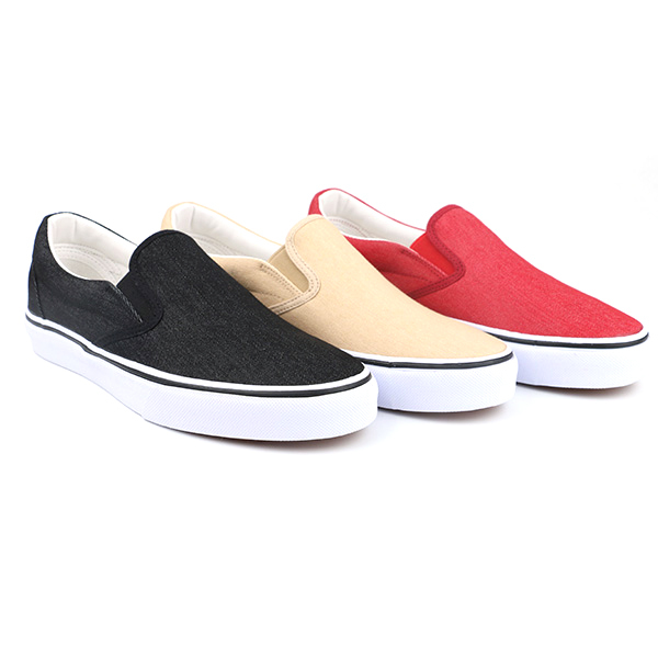 Blank slip on woman skate shoes
