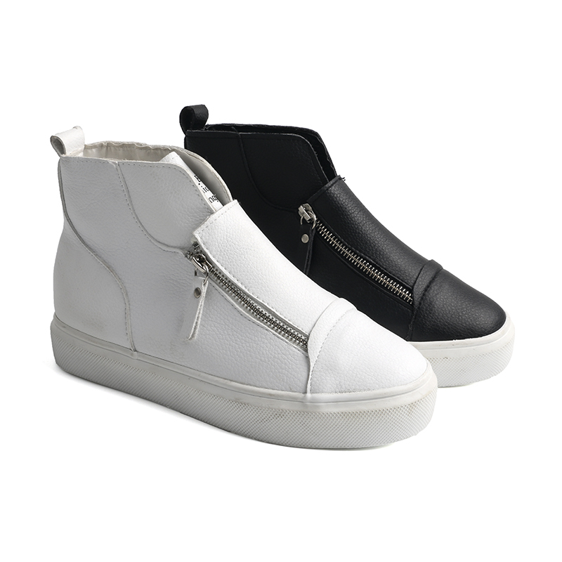 Cozy slip on women's sneakers