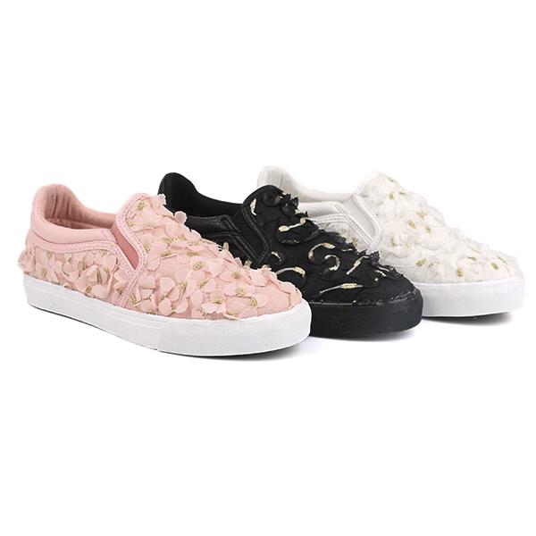 Lace no lace girl's school shoes