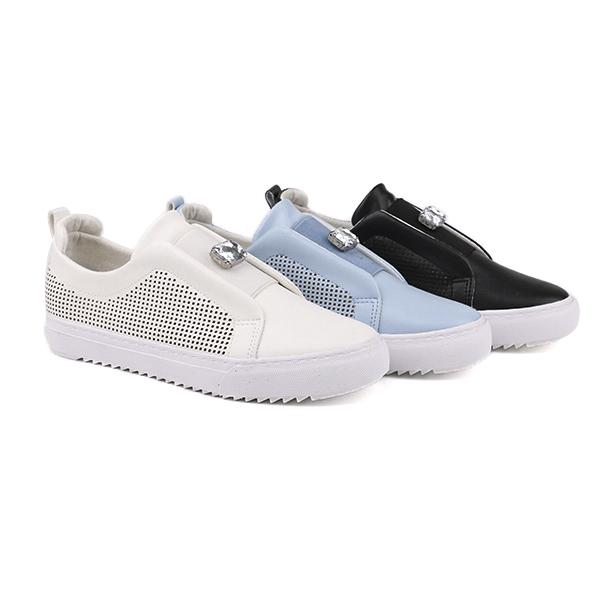 Fancy no lace girl's school shoes