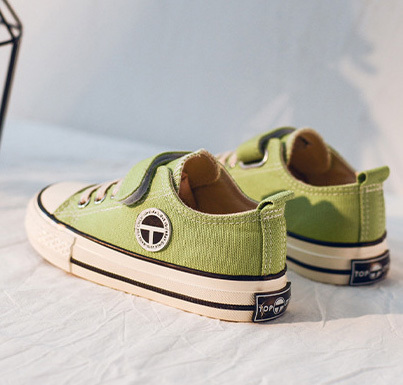 Blank buckle strap baby gym shoes