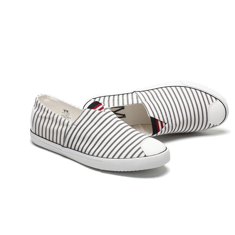 Stripe slip on men sneakers