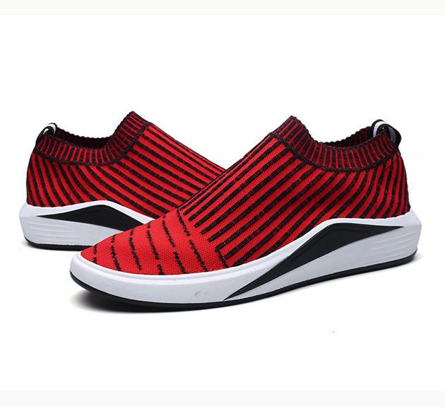 Unique no lace man's tennis shoes