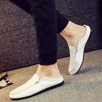 Niche man slip on casual shoes