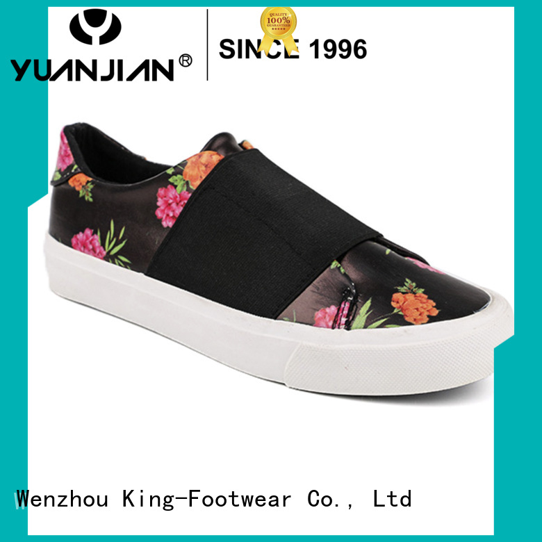 fashion volley shoes design for occasional wearing