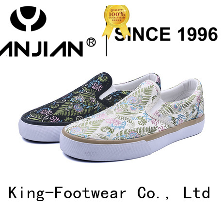 King-Footwear fashion slip on skate shoes factory price for occasional wearing