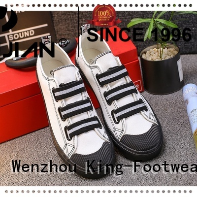 popular casual skate shoes factory price for traveling