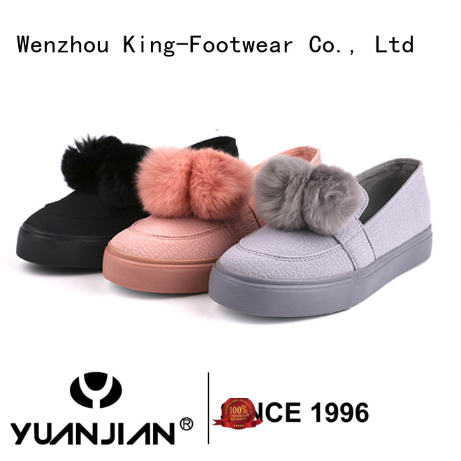 modern fashion footwear personalized for traveling
