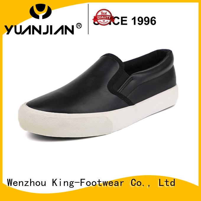fashion casual style shoes personalized for traveling
