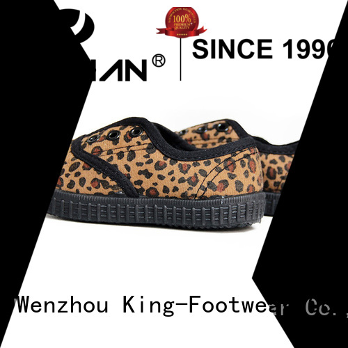 King-Footwear red canvas shoes manufacturer for travel