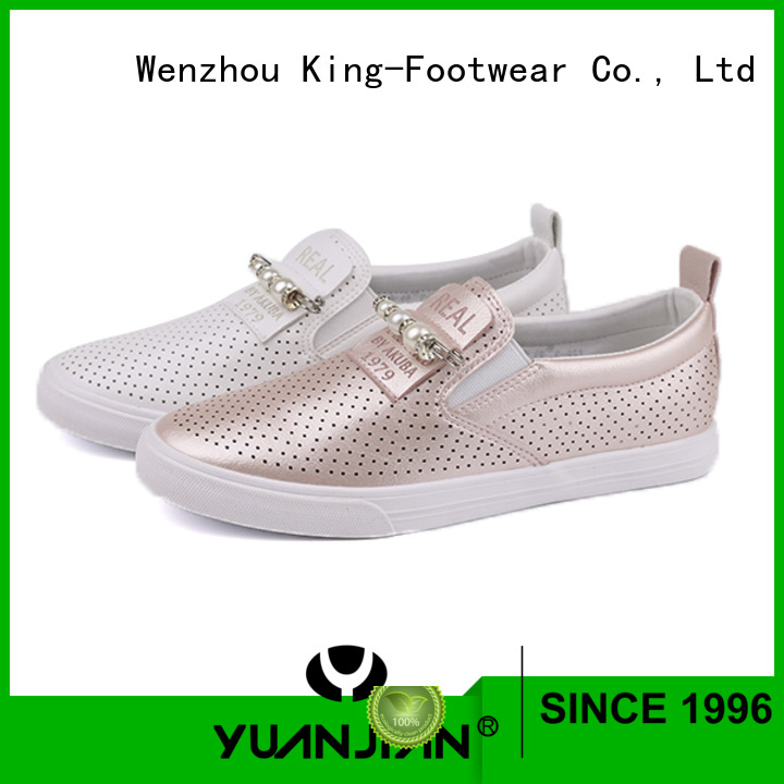 popular casual skate shoes design for traveling