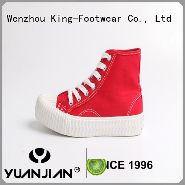 King-Footwear modern fashion footwear personalized for sports