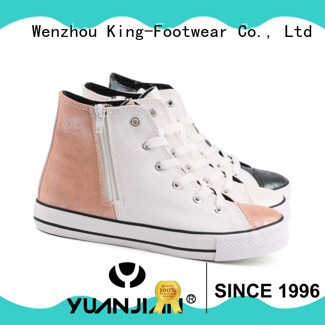 fashion skateboard sneakers design for occasional wearing