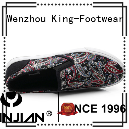 popular casual wear shoes factory price for traveling