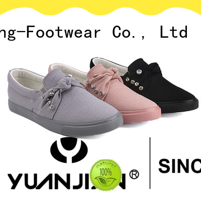 popular pu shoes factory price for traveling